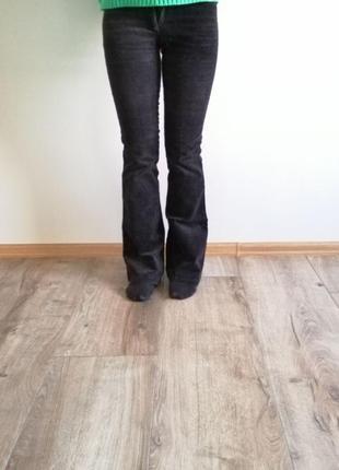 Распродажа!классические вельветовые брюки. чёрные вельветовые штаны