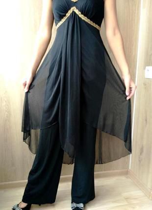 Очень красивый нарядный комбинезон - платье, ромпер из струящейся ткани, 42-44