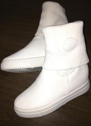 Новые осенние ботинки, сникерсы, сапоги, сапожки, обувь, взуття, черевики