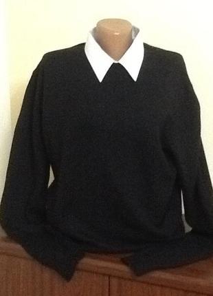 Брендовый свитер с шерстью от calvin klein