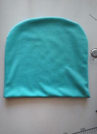 Новая трикотажная мятная шапочка на осень, теплую зиму, разные цвета.2