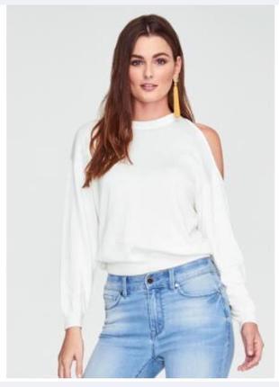Мягкий белый нежный свитер свитшот джемпер с разрезами вырезами на плечах primark