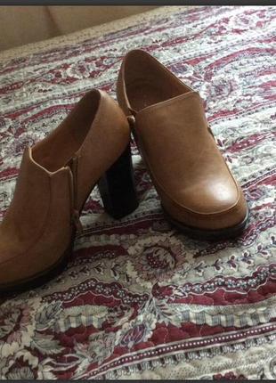 Супер стильне ботиночки ботфорти
