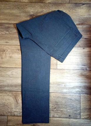 Качестаенные брюки