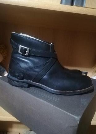 Ботинки ugg оригинал.
