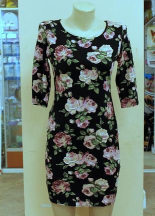 Платье new look по фигуре силуэт облегающее до колена футляр цветочный принт розы xs-s