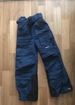 Тёплые зимние лыжные штаны на мальчика 3-4 года tresspass