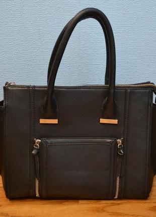 Красивая черная сумка