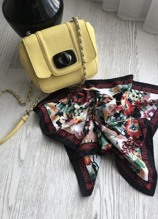 Оригинальная сумка moschino