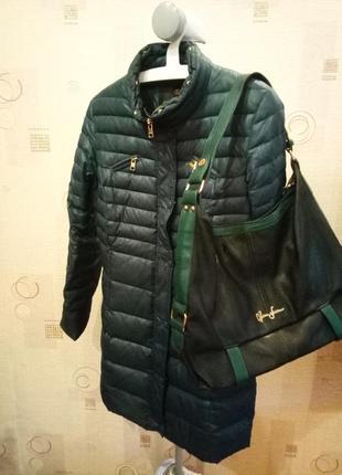 Женский темно-зеленый тонкий пуховик пальто демисезон