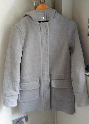 Стильное теплое демисезонное пальто