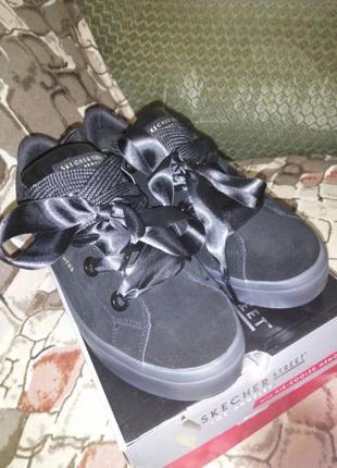 Сникерсы кроссовки skechers, натур замша, размер 40-411 фото