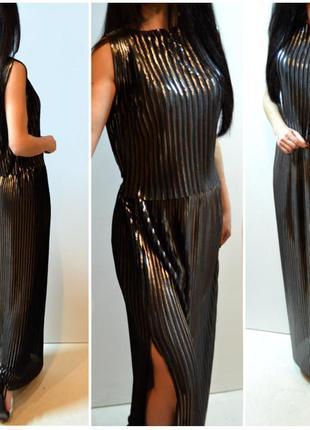 Новый шикарный плиссированный костюм zara,блуза и юбка
