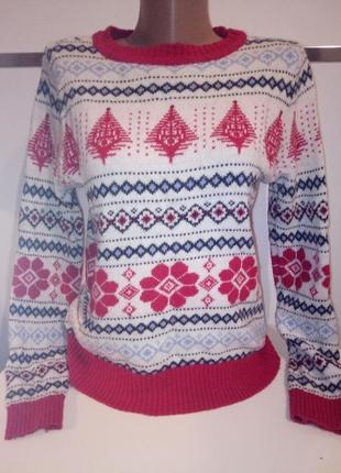 Новогодний свитер в зимних узора s