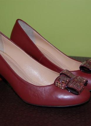Туфли из натуральной кожи 36р.