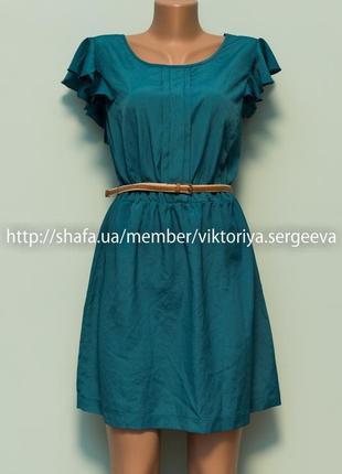 Большой выбор платьев - красивое платье шикарного зеленого цвета с рюшами на плечах