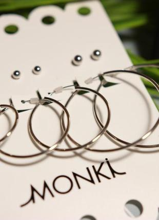 Сережки,серьги-кольца monki asos