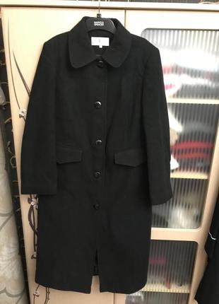 Женское пальто. бренд ewm