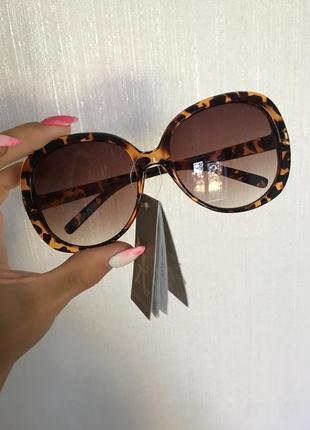 🌺солнцезащитные очки с чехлом accessorize🌺