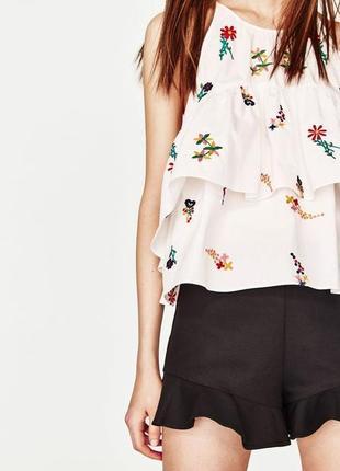 Zara блуза с рюшами и вышивкой