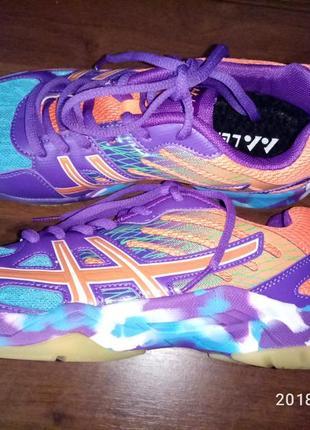Супер кроссовки для игры в волейбол, теннис и сквош
