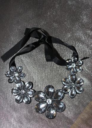 Воротник-ожерелье со стразами