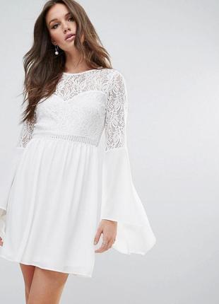 Невероятно красивое платье цвета айвори river island