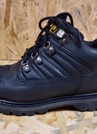 Демисезонные кожаные ботинки cat caterpillar 41 размер