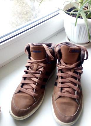 Утепленные весенние, осенние кросовки кеды adidas 39р.