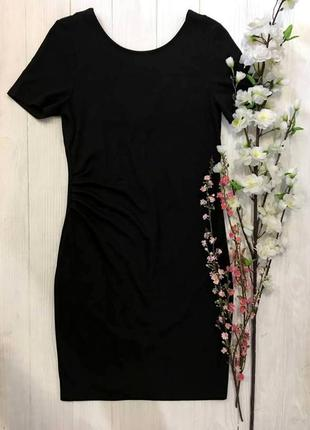Чорна сукня - футляр від vila