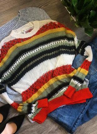 Яркий вязаный свитерок свитер(1+1=3)