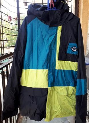 Снрубордическая куртка billabong