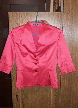 Эффектный малиновый пиджак /жакет vera mont