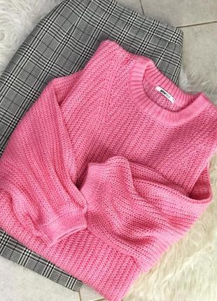 Розовый свитер оверсайз с объёмными рукавами  gina tricot