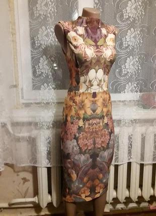 Красиве платье -миди, размер с-м