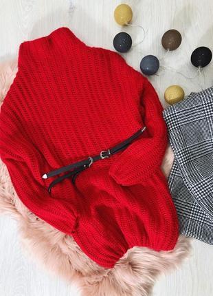 Удлиненный, объемный красный свитер от george