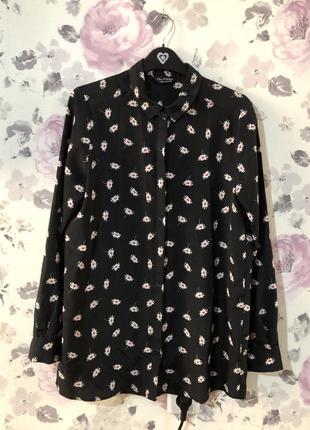 Красивая рубашка, блузка