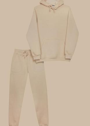 Женский костюм c худи бежевого цвета на флисе