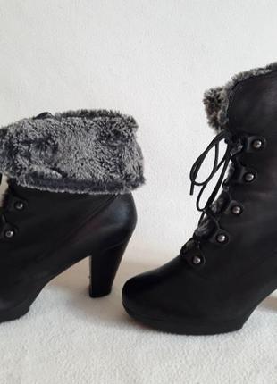 Кожаные зимние полусапожки, ботинки фирмы marc soft walk p. 39 стелька 25,5 см2 фото