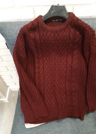 Бордовый свитер косы zara