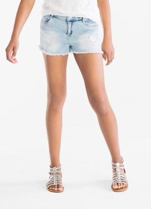 Классные рваные джинсовые шорты  here&thete, высокая посадка