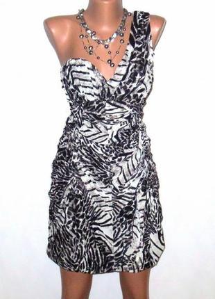 Оригинальное платье на одно плечо от h&m стройнит размер: 44-s, m