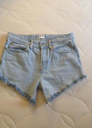 Шорты с бахромой,джинсовые шорты