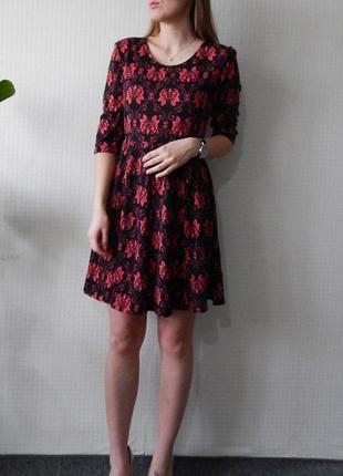 Платье в бордовый узор atmosphere