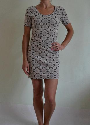 Фактурное платье в обтяжку 10(s-m)