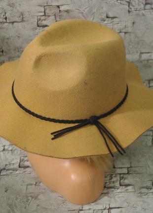 Классная шляпа c&a