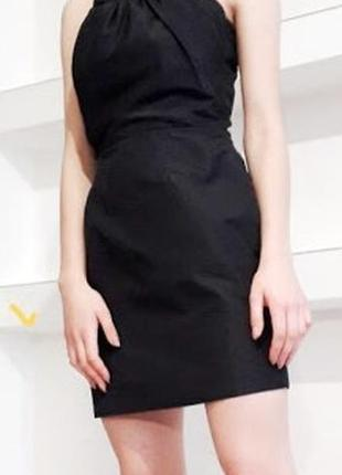 Маленькое черное вечерние платье
