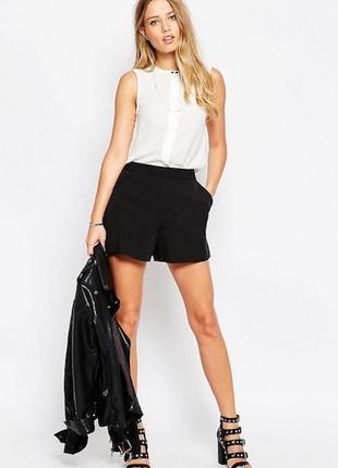Базовые короткие шорты от vero moda