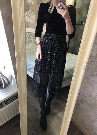 Плиссированная юбка в золотой горошек