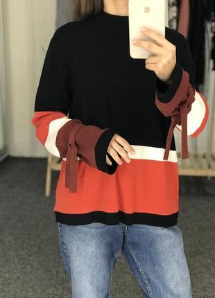 Красивый свитер tu